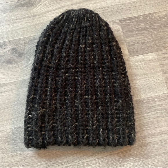 Mendocino Accessories - 5 for $30 🔑 Mendocino Slouchy Thick Toque